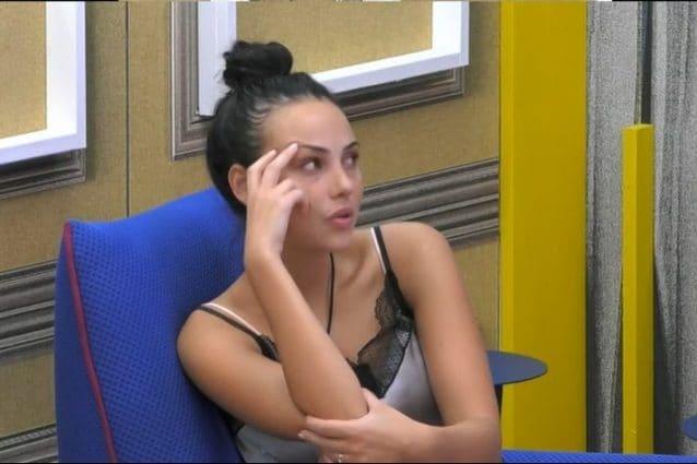 Massimiliano Morra, fidanzata contro Adua Del Vesco: