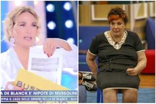 """""""Patrizia De Blanck non è la nipote di Mussolini"""", il certificato inedito a Live-Non è la D'Urso"""