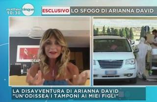 """Arianna David: """"Fare i tamponi ai miei figli è stata un'odissea"""""""