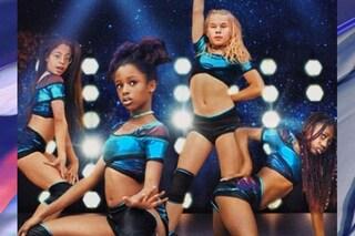 Donne ai primi passi, dopo il poster che sessualizza le bambine Netflix crolla in Borsa