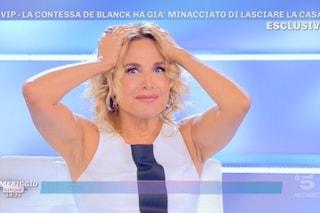 Gaffe per Barbara D'Urso, sbaglia il nome della figlia di Fedez e Ferragni in diretta