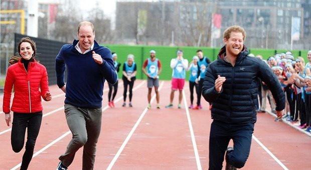 Il principe Harry compie 36 anni. Primo compleanno lontano dalla famiglia