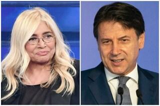 """Giuseppe Conte annulla videomessaggio a Domenica In, Mara Venier: """"Vuole evitare polemiche"""""""