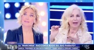 """Barbara D'Urso scopre degli accordi della Marchesa d'Aragona: """"Lo show è mio e di lei non parlo più"""""""