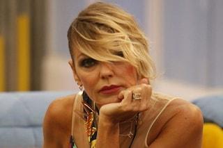 """GFVip, anche Matilde Brandi casca sulla parola omofoba come la De Blanck: """"Fro**o"""""""