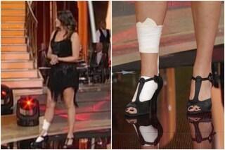 """Elisa Isoardi e l'infortunio a Ballando, Carlucci: """"Il piede è messo male, serve antidolorifico"""""""