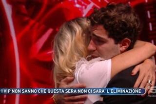 """Stefania Orlando eliminata al GF Vip (ma è una finta), a Tommaso Zorzi che piange: """"Come un figlio"""""""
