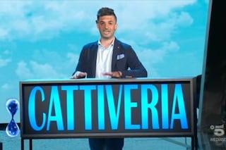"""Bullismo contro Raffaele affetto dalla sindrome di Treacher Collins, De Filippi: """"Fottitene"""""""