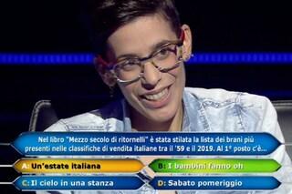 """Sara Ricciardo vince 150 mila euro a Chi vuol essere milionario e si ferma: """"Coraggio non è pazzia"""""""
