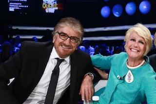 """L'addio di Loretta Goggi a Gigi Proietti: """"Mi lasci orfana del tuo affetto"""""""