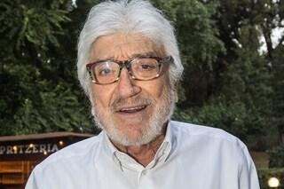 """I funerali di Gigi Proietti con ingressi contingentati: """"Sarà ricordato come merita"""""""