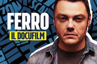 """Ferro il docufilm, Tiziano Ferro a Fanpage.it: """"Mi commuove pensare che mio padre mi vede felice"""""""