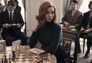 La regina degli scacchi supera ogni record, è la miniserie più vista su Netflix