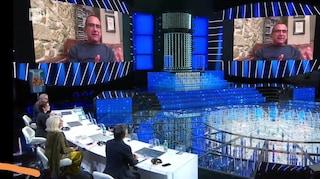Carlo Conti torna a Tale e Quale Show, il pensiero per il vicino di letto in ospedale