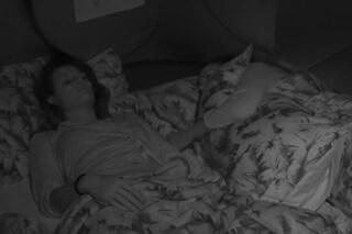 """""""Anch'io ti amo"""", la dichiarazione di Adua Del Vesco a letto con Dayane Mello"""
