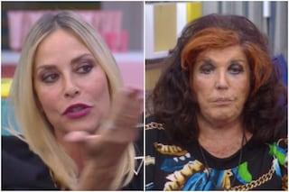 """GFVip, Patrizia De Blanck a Stefania e Adua: """"Lasciatemi stare, non sono una rinco**ionita"""""""