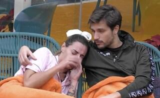 """GF Vip, Sonia Lorenzini in crisi: """"Vedono solo un lato di me, sono stanca di sentirmi sbagliata"""""""