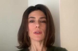 """Anna Valle fa chiarezza, la replica alla notizia sulla sua """"malattia"""""""