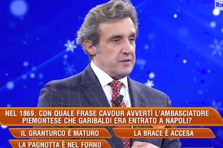 Flavio Insinna si scusa per la gaffe su Cavour a L'Eredità