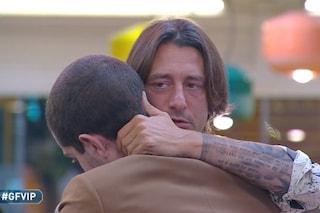 GFVip, l'ultimo abbraccio di Tommaso Zorzi e Francesco Oppini