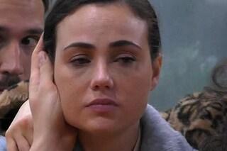 """Rosalinda Cannavò in lacrime, crisi con Giuliano: """"Non mi serve un uomo che mi mantenga"""""""