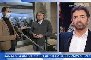"""Alberto Matano censura e taglia il ristoratore senza mascherina: """"Così non va in onda"""""""