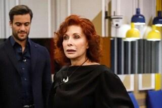 """Alda D'Eusanio: """"Vedi qualche ne*ro?"""", rischio squalifica a meno di 24 ore dall'ingresso al GF Vip"""