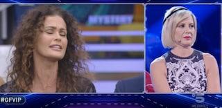 """Antonella Elia a Samantha de Grenet: """"Non sapevo della tua malattia, ci sono passata anche io"""""""