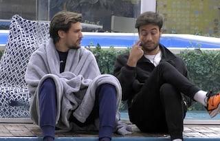 """GFVip, Andrea Zelletta conforta Pretelli: """"Tuo fratello è inesperto, doveva misurare le parole"""""""