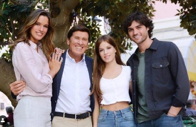 Chiara Baschetti, Gianni Morandi, Alma Noce ed Erasmo Genzini ne L'Isola di Pietro