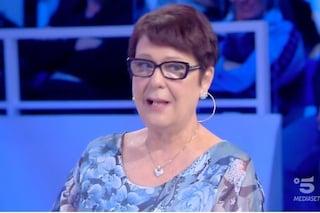 """Maria riconosce Luigi, fidanzato che aveva lasciato 50 anni prima: """"Ma non posso, sono sposata"""""""