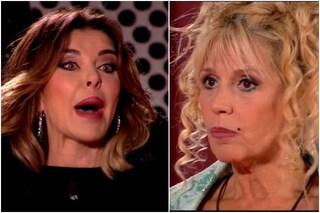 """Alba Parietti vs Maria Teresa Ruta, scontro trash sul Delon-gate: """"Per elevarti affondi le altre"""""""