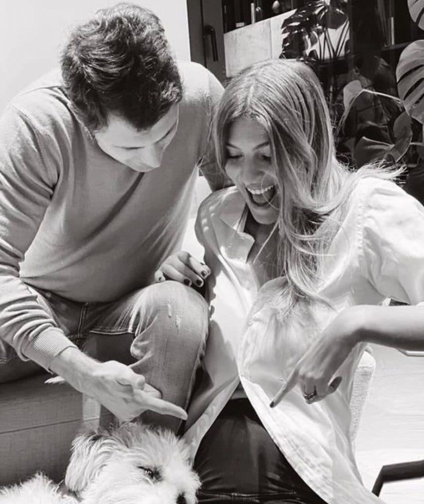 La foto con cui Marco Roscio e Cristina Chiabotto hanno annunciato la gravidanza