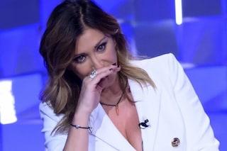 """Sabrina Salerno vittima del furto dell'identità digitale: """"Volgarità sul rapporto con mio figlio"""""""