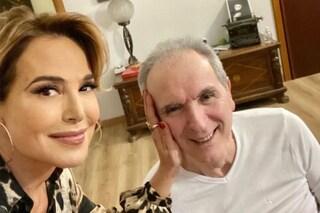 """Barbara D'Urso vicina a Lamberto Sposini, la visita all'amico: """"Vi ama tutti"""""""