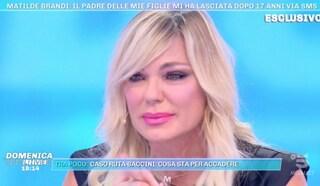 """Matilde Brandi scoppia a piangere in diretta: """"Sono stata lasciata da mio marito con un sms"""""""