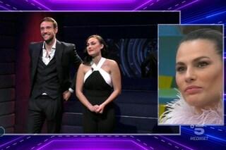 """Rosalinda ammette: """"Con Andrea provo forti sensazioni"""", e non nomina mai il fidanzato Giuliano"""