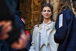 Prime foto dal set de L'Amica Geniale 3: Lenù in abito da sposa al matrimonio con Pietro