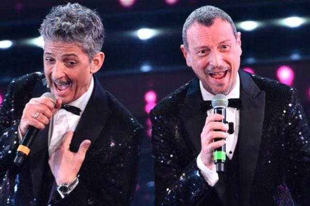 La terza serata di Sanremo 2021 in diretta, i duetti e le cover del Festival