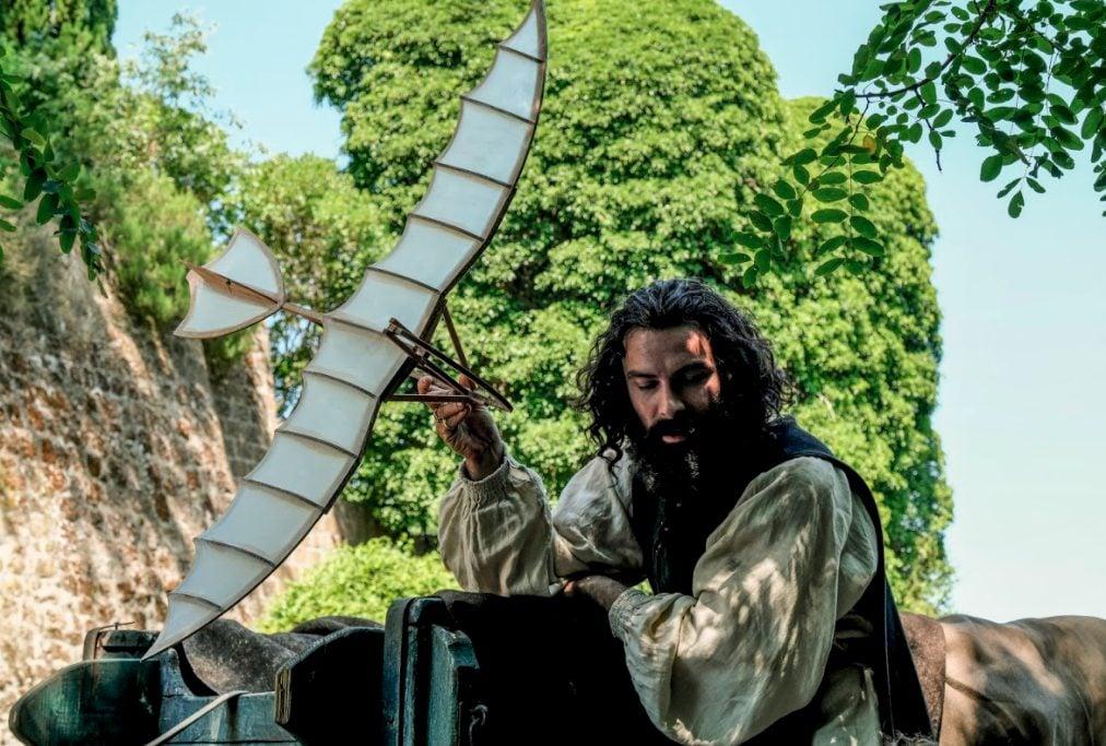 Aidan Turner interpreta Leonardo