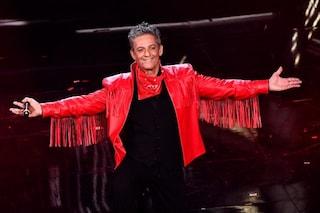 Sanremo 2021, l'omaggio di Fiorello a Little Tony durante la finale