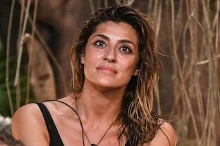 """Elisa Isoardi conquista i naufraghi dell'Isola 2021: """"È una leader, intelligente, educata e astuta"""""""