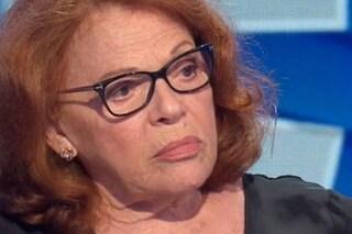 """Gaffe di Valeria Fabrizi: """"Sembro una neg*a"""". La reazione di Francesca Fialdini"""