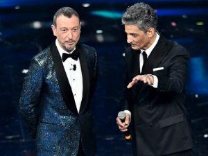 La finale di Sanremo 2021 in diretta: la scaletta minuto per minuto