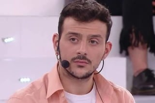 """Il coming out di Leonardo Lamacchia ad Amici: """"Non ho più paura di dire che sono gay"""""""