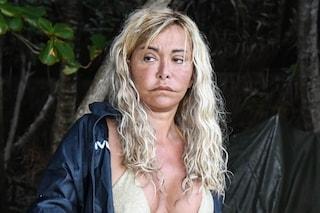 """Lo sfogo di Vera Gemma all'Isola 2021: """"Non faccio il cagnolino e non lecco il c*lo a nessuno"""""""