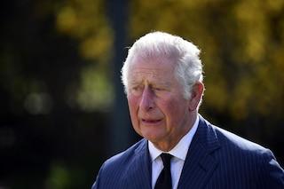 Morte principe Filippo, Carlo commosso davanti all'omaggio dei sudditi