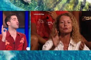 """Isola 2021, Tommaso Zorzi ai naufraghi che negano le strategia: """"Non fate le vergini incinte"""""""
