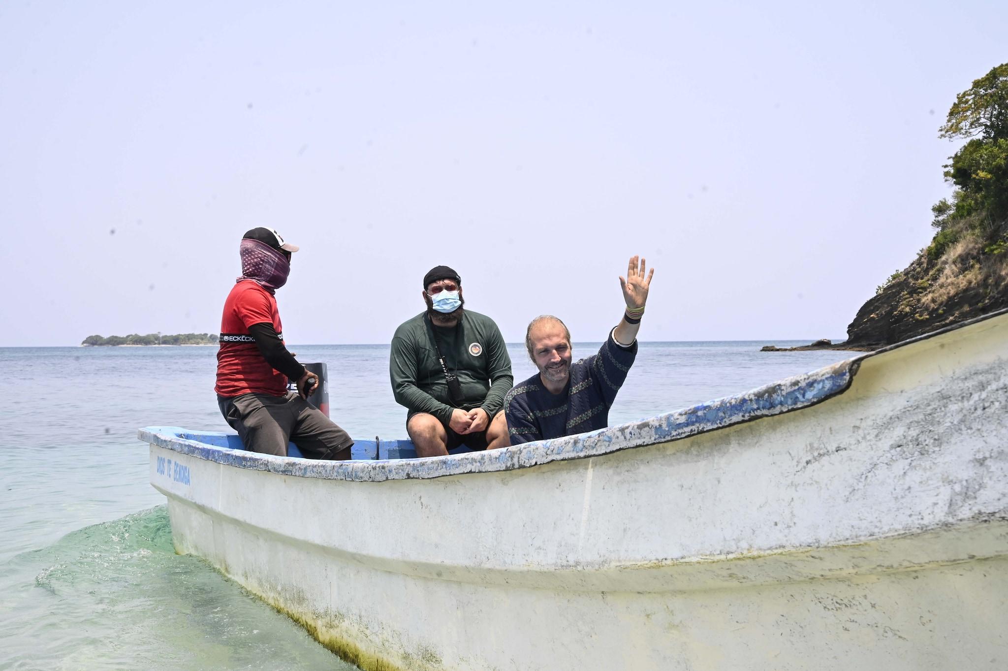Ubaldo Lanzo lascia l'Isola (foto IPA)