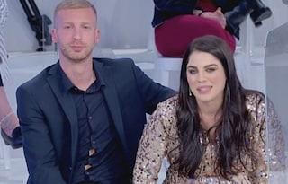 """Samantha Curcio criticata per il fisico, il fidanzato Alessio Ceniccola: """"Per me è perfetta"""""""